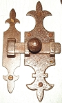 VAN2528 Rustic cabinet door latch in Antique iron